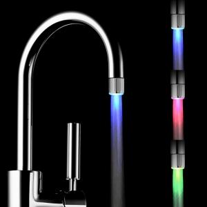 get-smart-ismanieji-namai-led-lempute-suteikia-daugiau-spalvu-keicia-spalvas-pagal-vandens-srove-be-bateriju-nr2